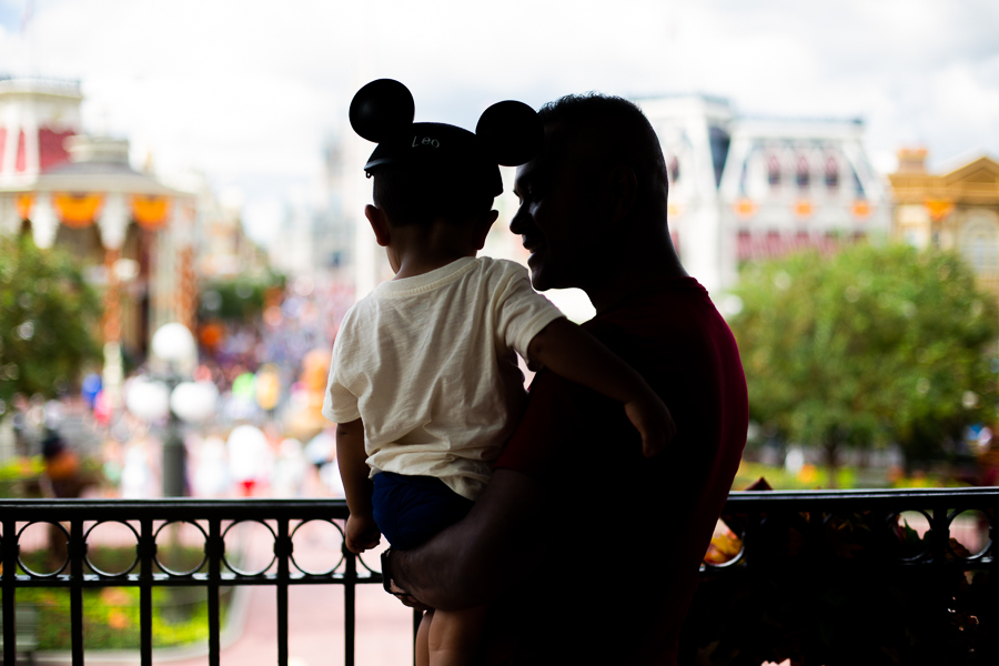 Take Great Family Photos at Disney World!
