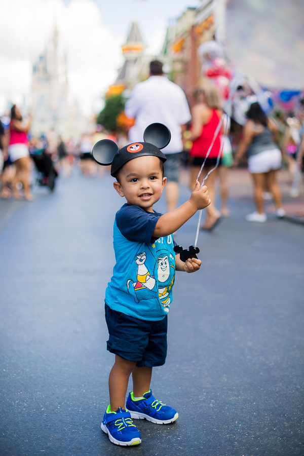Walt Disney World with a Toddler Family Photo Locations for Great Family Photos at Magic Kingdom