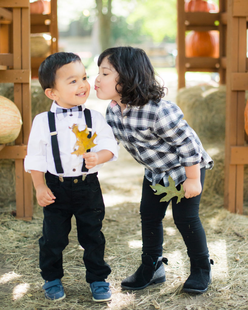 Black and white toddler outfit ideas - boy and girl - pumpkin patch - holiday photos