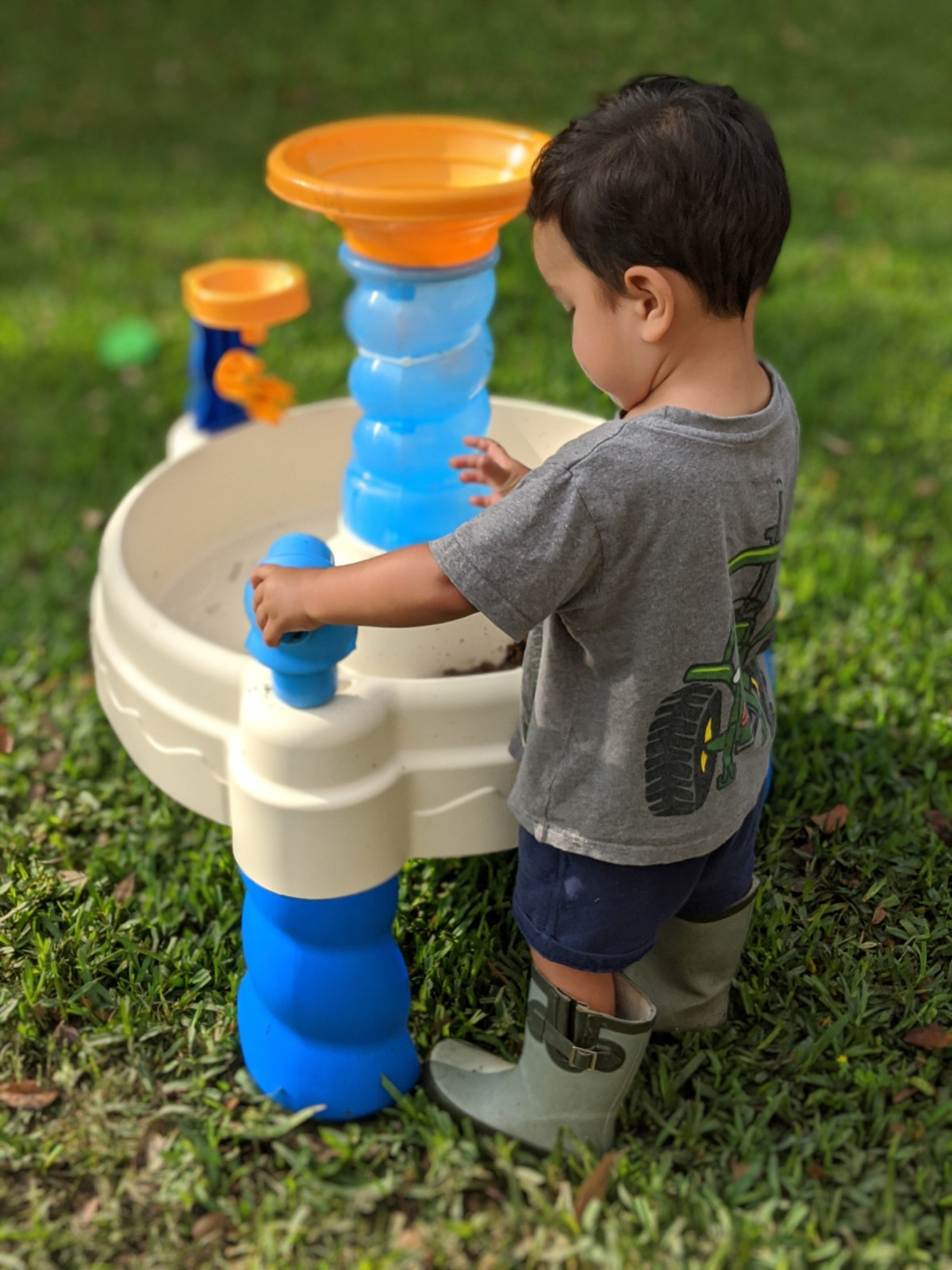 Best Outdoor Toys for toddlers during Confinement