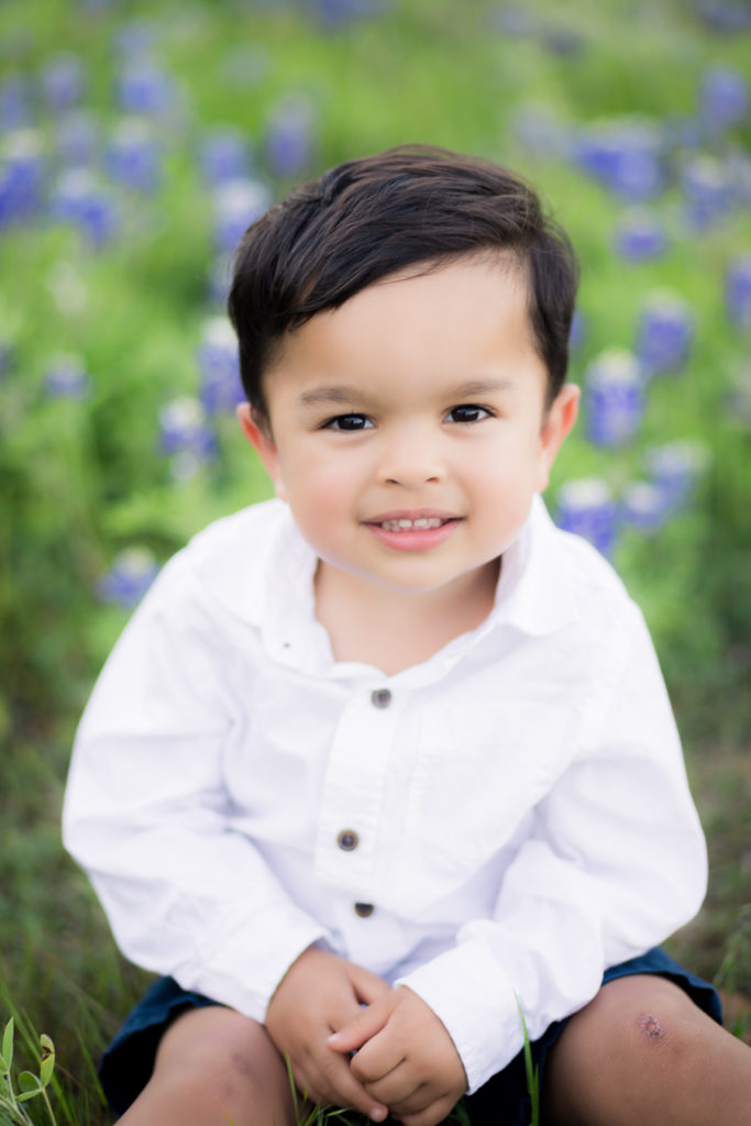 Houston Brenham Bluebonnet Photos | How to take Photos of your Kids in the Bluebonnets