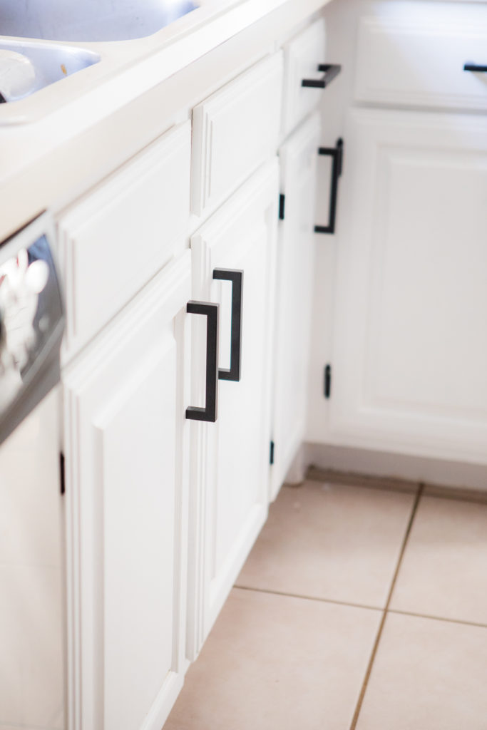 Painting Builder Grade Kitchen Cabinets White